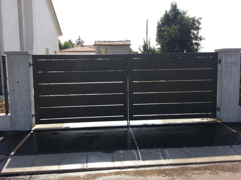 Relativamente recinzioni in ferro moderne rj24 pineglen for Recinzioni per ville moderne