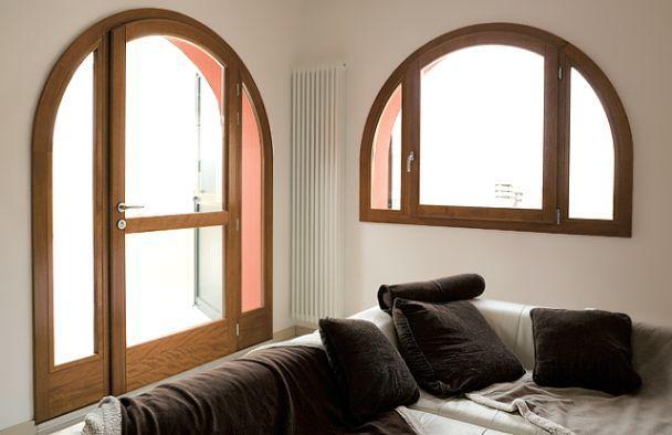 Finestre legno in provincia di padova e venezia for Finestre di legno