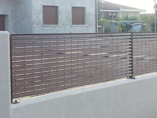 Parapetti e recinzioni a padova e venezia - Ringhiere per giardino ...