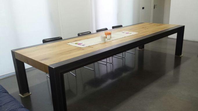 Arredo interno a padova e venezia for Tavolo acciaio design
